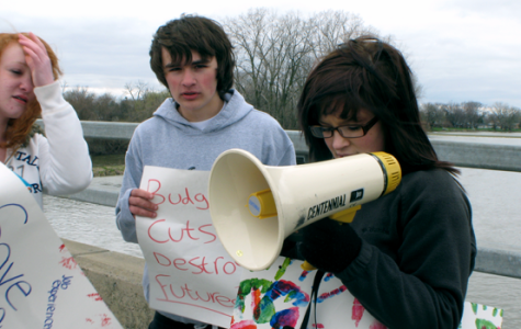Students rally for teachers, public schools